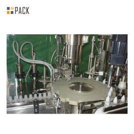 Linea dell'imbottigliamento dei prodotti chimici / linea dell'imbottigliamento del detersivo di schiumatura con la macchina di rifornimento del servo